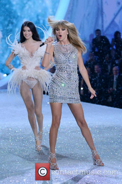 taylor swift 2013 victorias secret fashion show 3954731