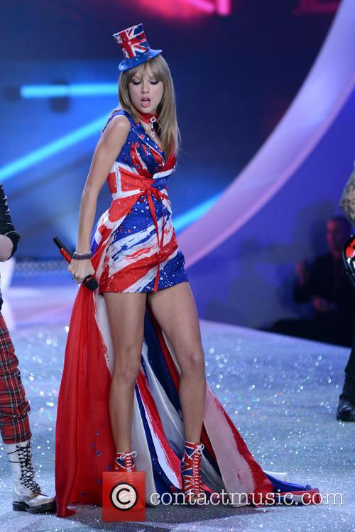 taylor swift 2013 victorias secret fashion show 3954796