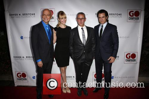 Scott Fifer, Beth Behrs, Adam Shankman and Dermont Mulroney 2