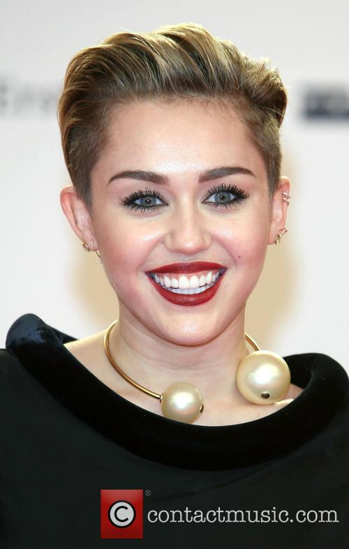 Miley Cyrus, Bambi 2013 Awards