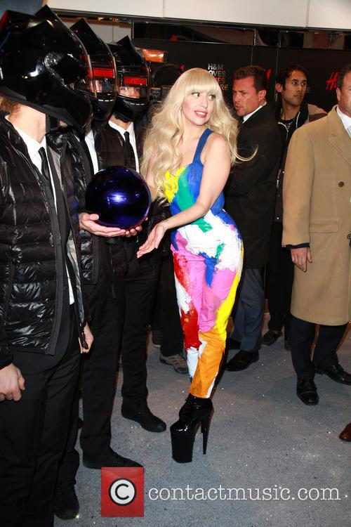 Lady Gaga H&M