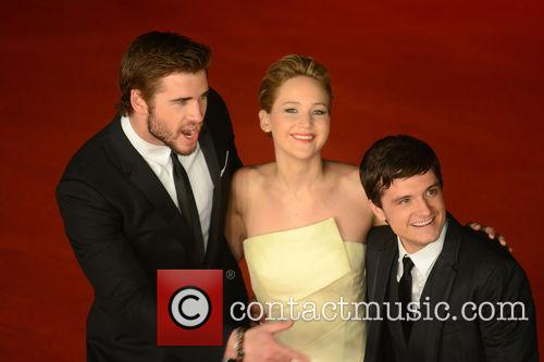 Jennifer Lawrence, Liam Hemsworth and Josh Hutcherson 8