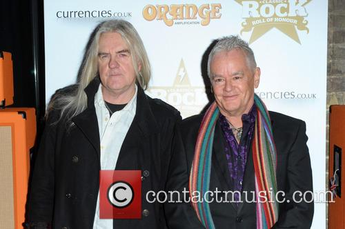 saxon the classic rock roll of honour 3953997