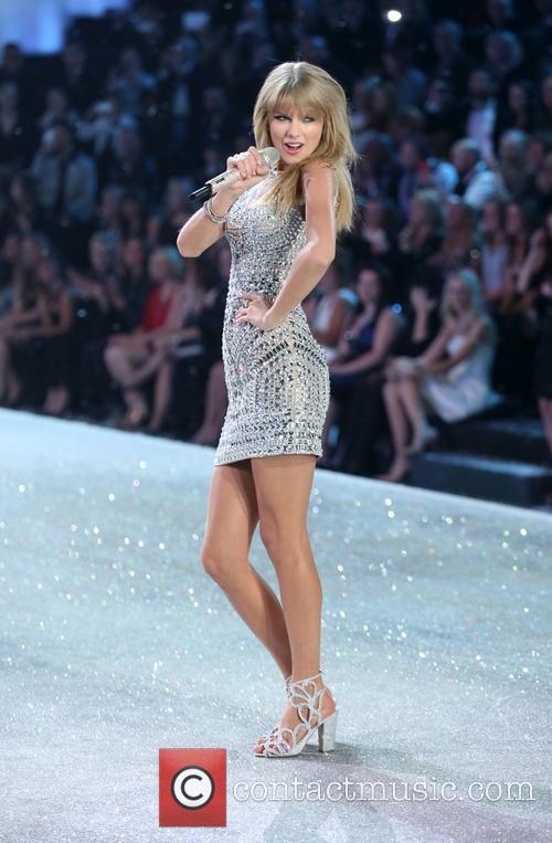 Taylor Swift, Victoria's Secret