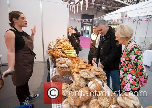 Paul Hollywood and Mary Berry 5