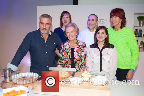 Mary Berry, Paul Hollywood, Janet Street-Porter, Michel Roux, Natalie Coleman and Frances Quinn 3