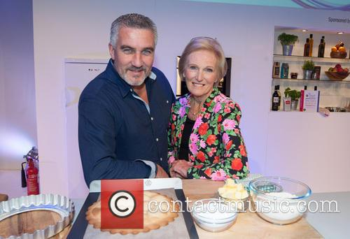 Paul Hollywood and Mary Berry 8