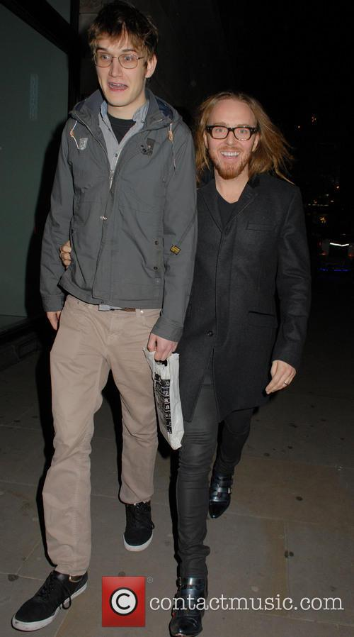 tim minchin celebrities leave barry humphries farewell 3955910