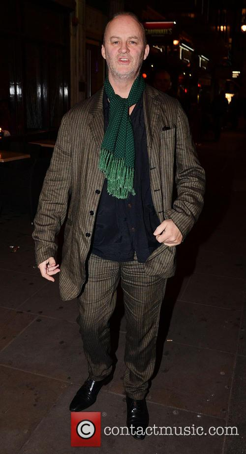Celebrities leave Barry Humphries' Farewell Tour 'Eat Pray...