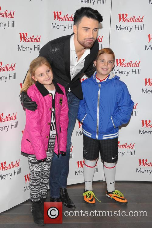 Westfield Merryhill Christmas Lights switch on
