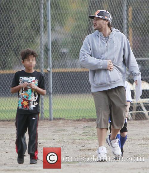 Kevin Federline and Sean Preston 1