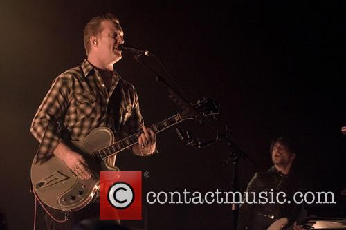 Josh Homme and Queens Of The Stone Age 4