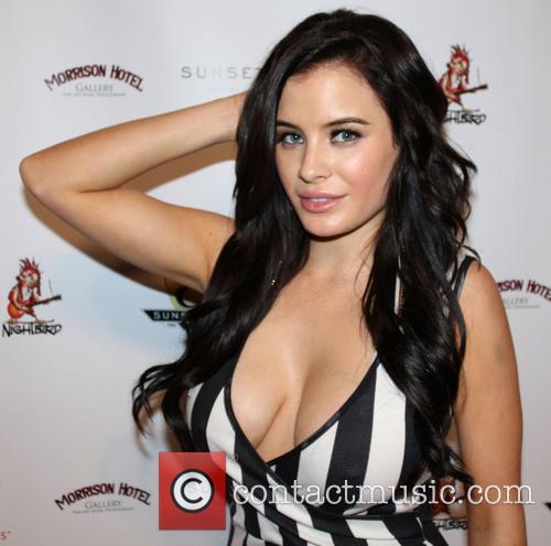 Carla Howe 5