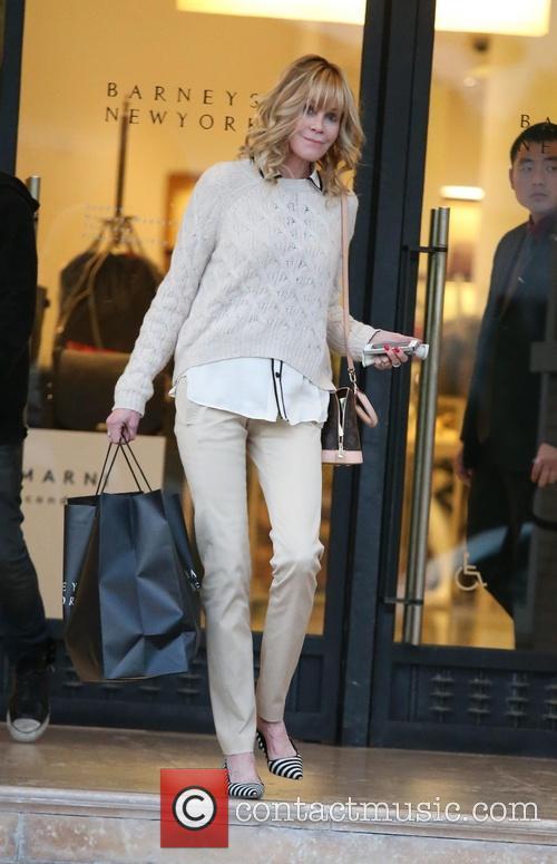 Melanie Griffith shopping