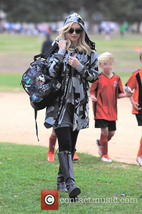 Gwen Stefani and Kingston Rossdale 45