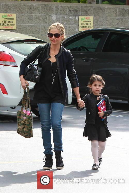 Sarah Michelle Gellar and Charlotte Prinze 10