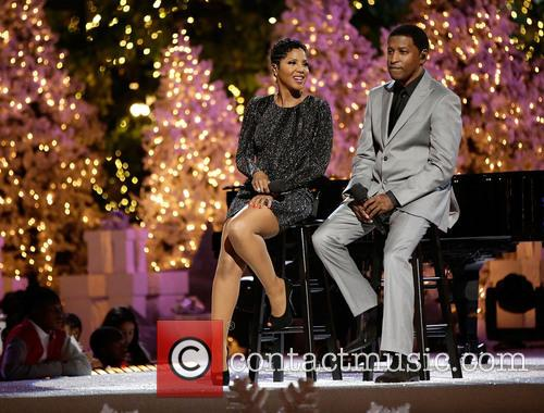 toni braxton babyface the grove tree lighting spectacular 3958630