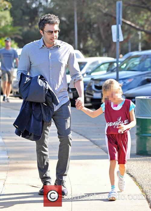 Ben Affleck Takes Daughter To Basketball