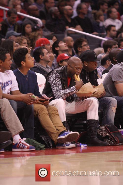 Floyd Mayweather Jr. at the Clippers game