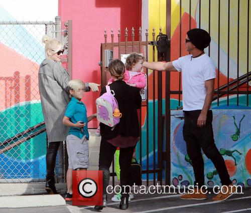 Gwen Stefani, Kingston Rossdale and Gavin Rossdale 8