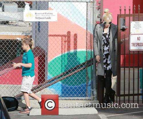 Kingston Rossdale and Gwen Stefani 4