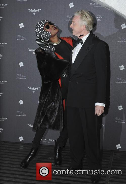Grace Jones and Philip Treacy 8