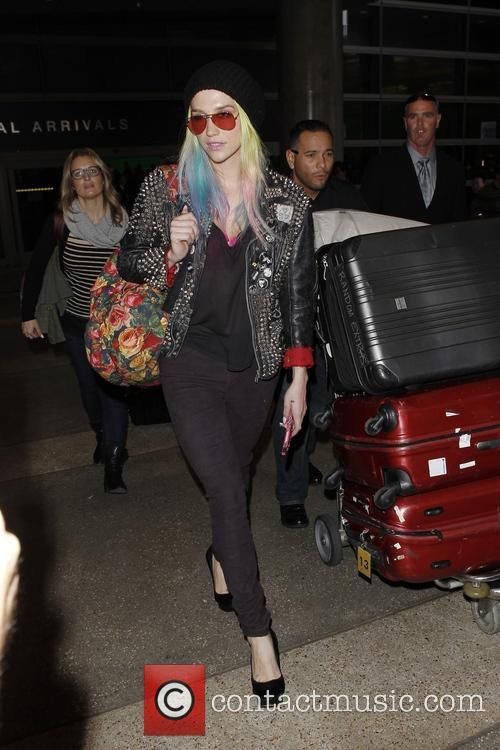 Kesha arriving at LAX airport