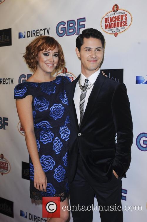 Andrea Bowen and Michael J. Willett 4
