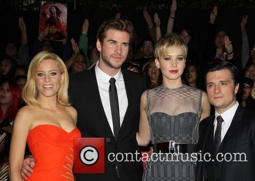 Elizabeth Banks, Liam Hemsworth, Jennifer Lawrence and Josh Hutcherson 6