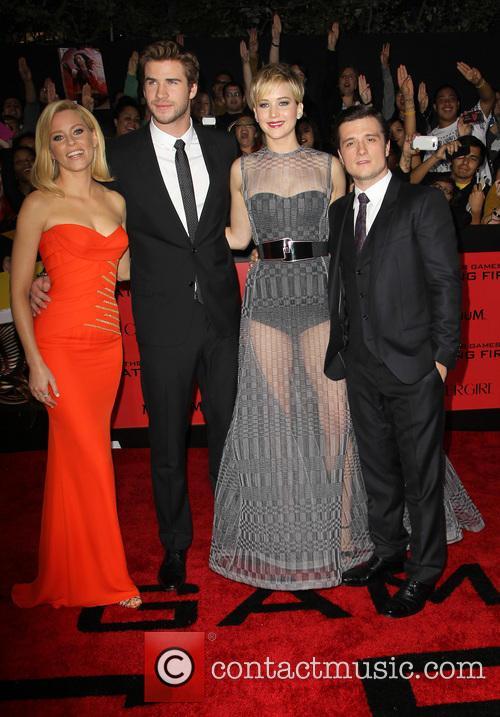 Elizabeth Banks, Liam Hemsworth, Jennifer Lawrence and Josh Hutcherson 7