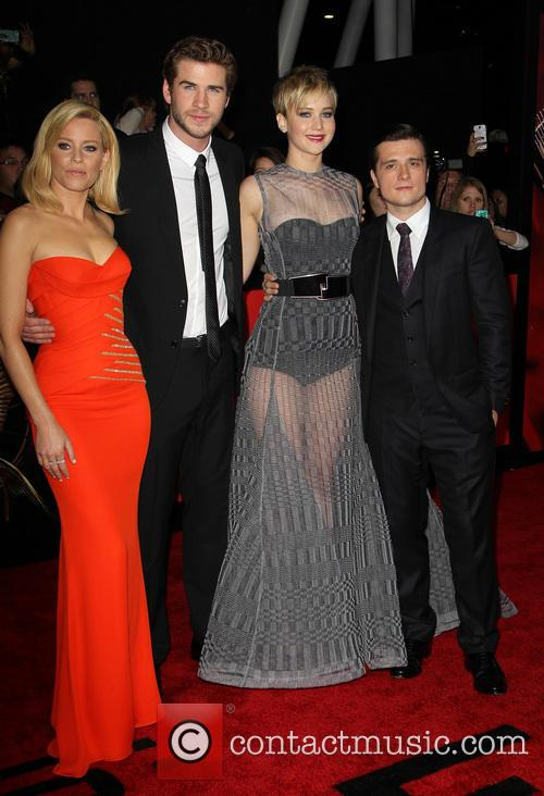 Elizabeth Banks, Liam Hemsworth, Jennifer Lawrence and Josh Hutcherson 8