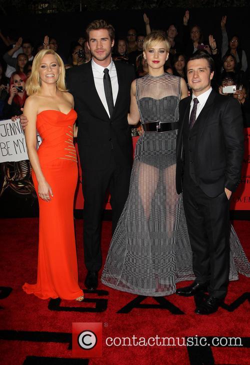 Elizabeth Banks, Liam Hemsworth, Jennifer Lawrence and Josh Hutcherson 9