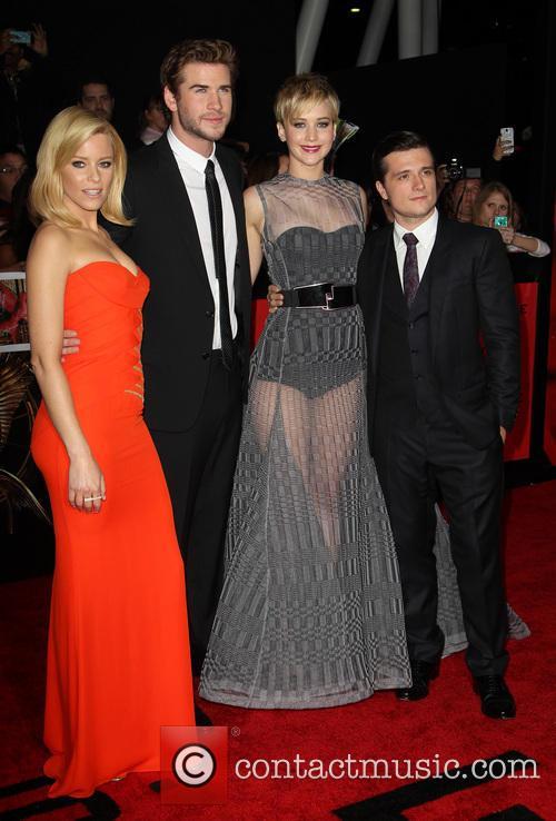 Elizabeth Banks, Liam Hemsworth, Jennifer Lawrence and Josh Hutcherson 11