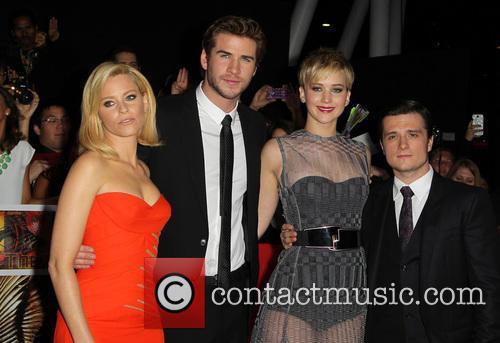 Elizabeth Banks, Liam Hemsworth, Jennifer Lawrence and Josh Hutcherson 12