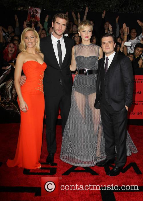 Elizabeth Banks, Liam Hemsworth, Jennifer Lawrence and Josh Hutcherson 15