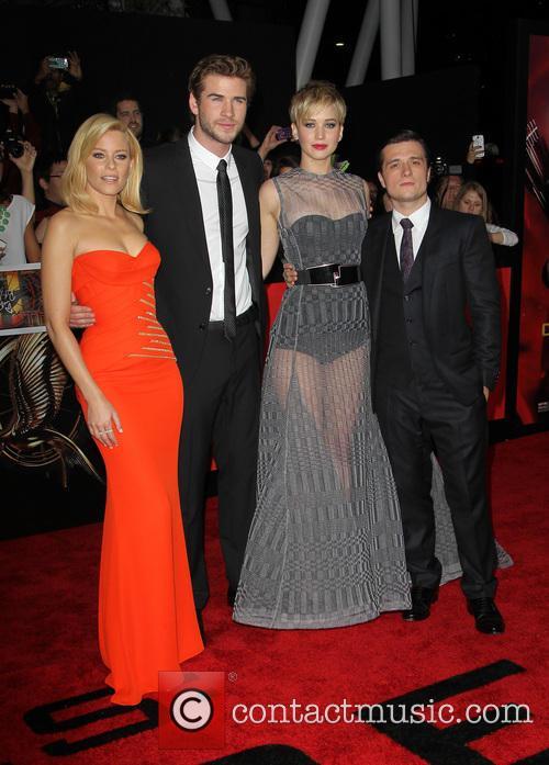 Elizabeth Banks, Liam Hemsworth, Jennifer Lawrence and Josh Hutcherson 16