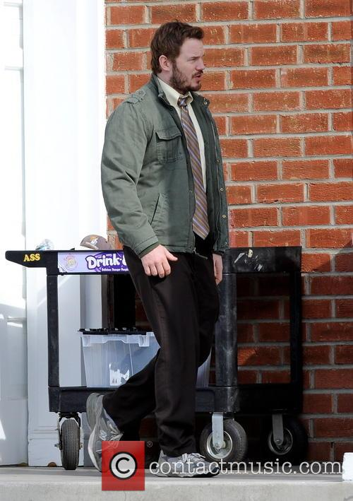 "Chris Pratt filming ""Parks and Recreation"""