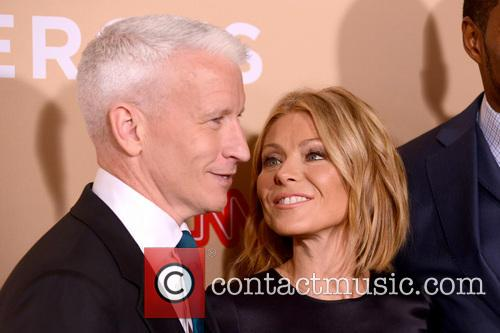 Anderson Cooper and Kelly Ripa 3