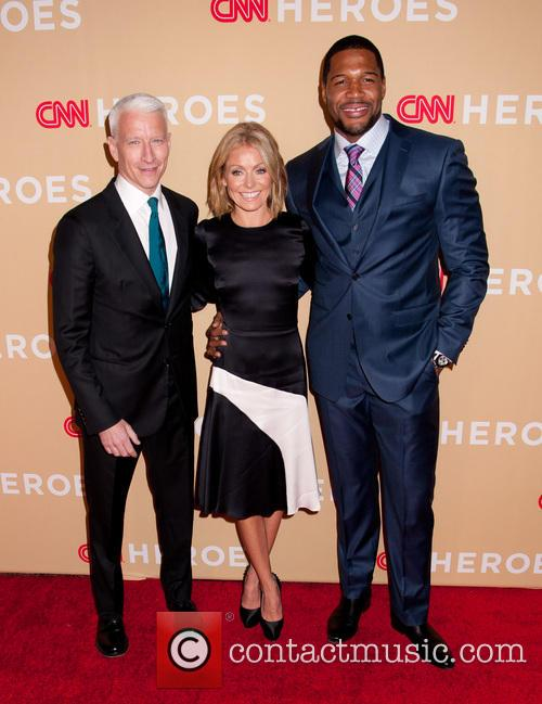 Anderson Cooper, Kelly Ripa and Michael Strahan 7