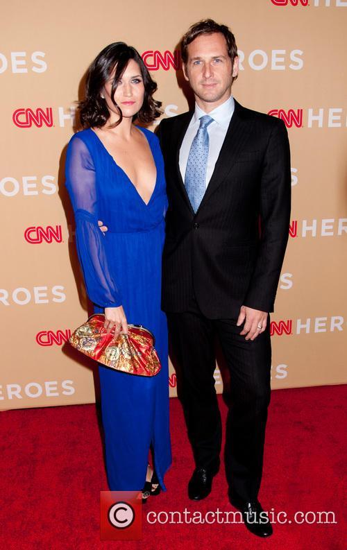 Jessica Ciencin Henriquez and Josh Lucas 4