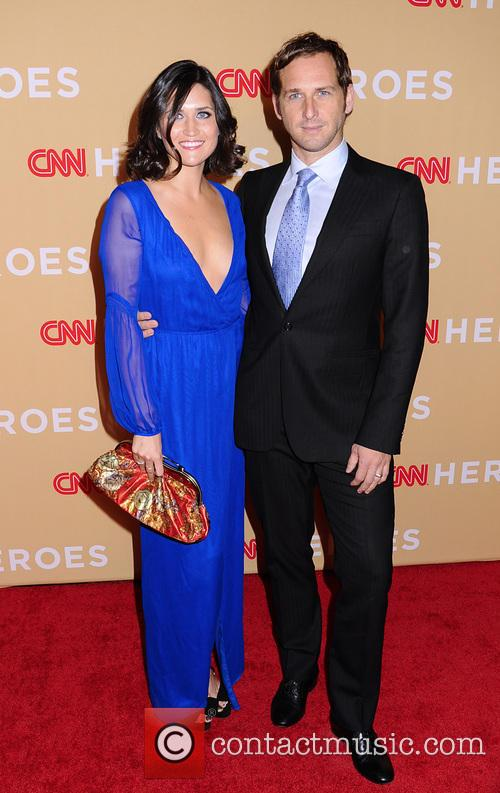 Jessica Ciencin Henriquez and Josh Lucas 6