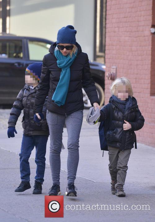 Naomi Watts, Samuel Schreiber and Alexander Schreiber 16