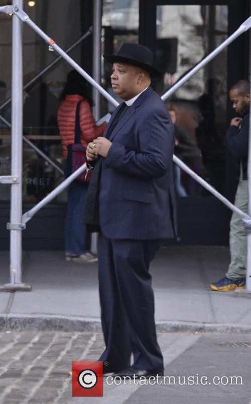 Reverend Run filming a video in Brooklyn