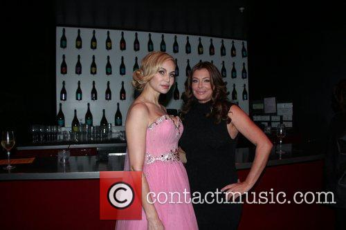 Christina Fulton and Kelly Lebrock 7