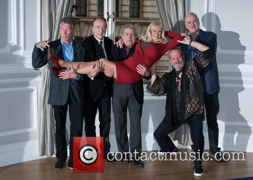 Michael Palin, Eric Idle, Terry Jones, Terry Gilliam, John Cleese and Carol Cleveland 1
