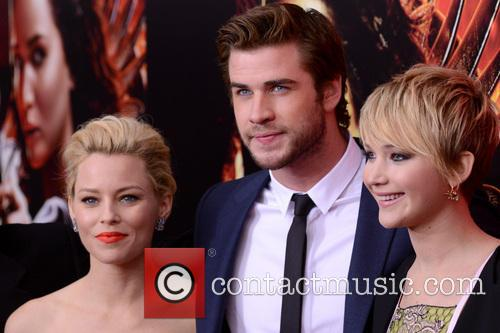 Elizabeth Banks, Liam Hemsworth, Jennifer Lawrence