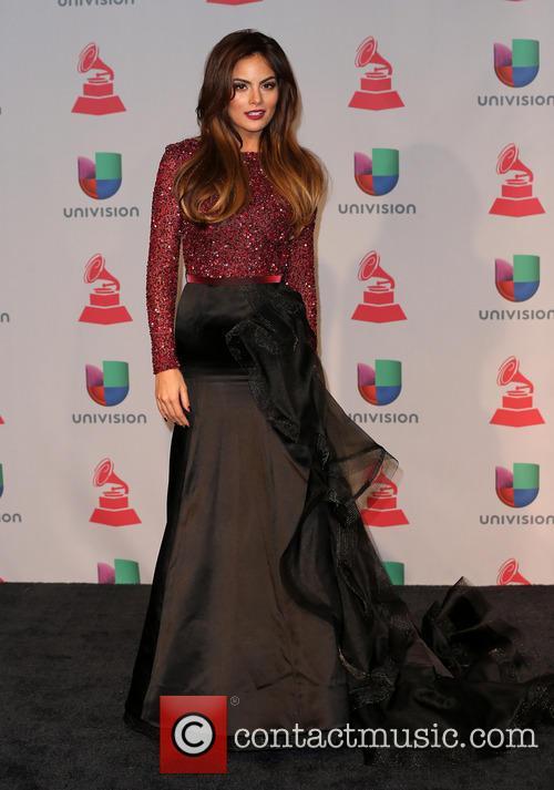 Ximena Navarrete 10