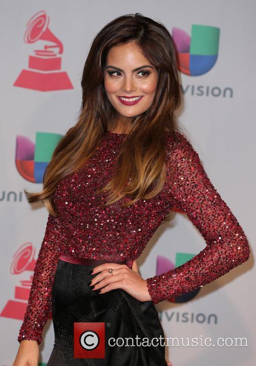 Ximena Navarrete 15