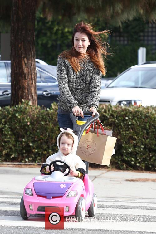 alyson hannigan satyana alyson hannigan out with her 3966865