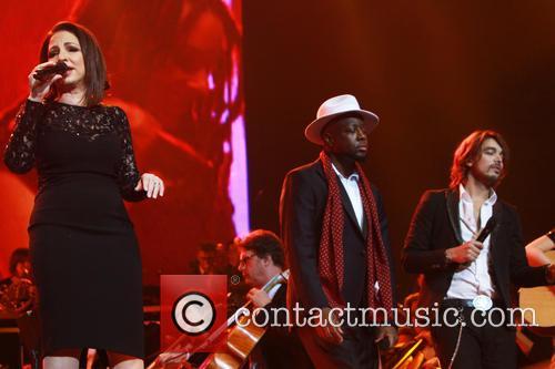 Gloria Estefan, Wyclef Jean and Waylon (dutch Singer) 11